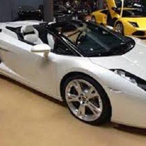 Automovil & Motos